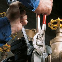 Knipex Zangenschlüssel 86 03 250 - Hilfreich bei Installationen