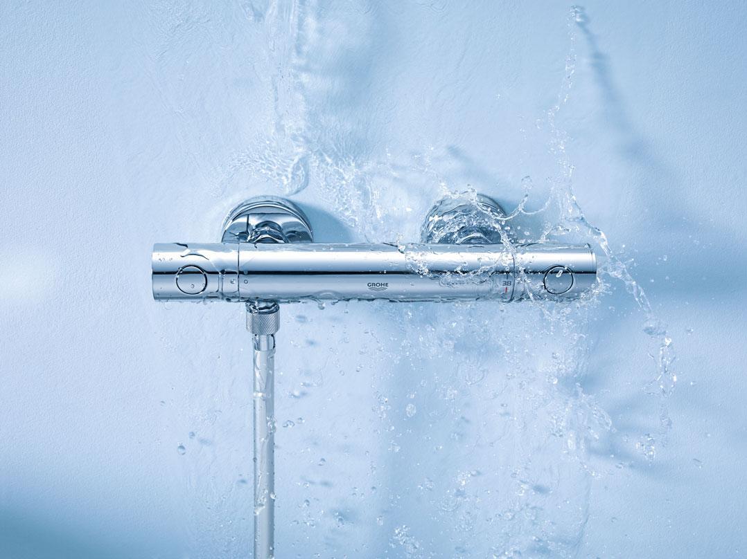 grohe grohtherm 800 brause und duschsysteme brausethermostat mit tempesta brausegarnitur. Black Bedroom Furniture Sets. Home Design Ideas