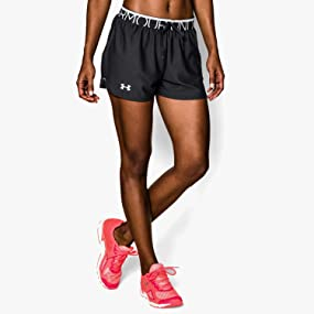under armour damen shorts play up bekleidung. Black Bedroom Furniture Sets. Home Design Ideas