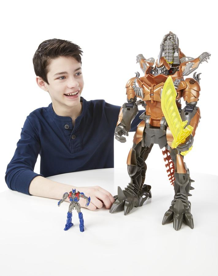 Hasbro a e transformers movie stomp n chomp