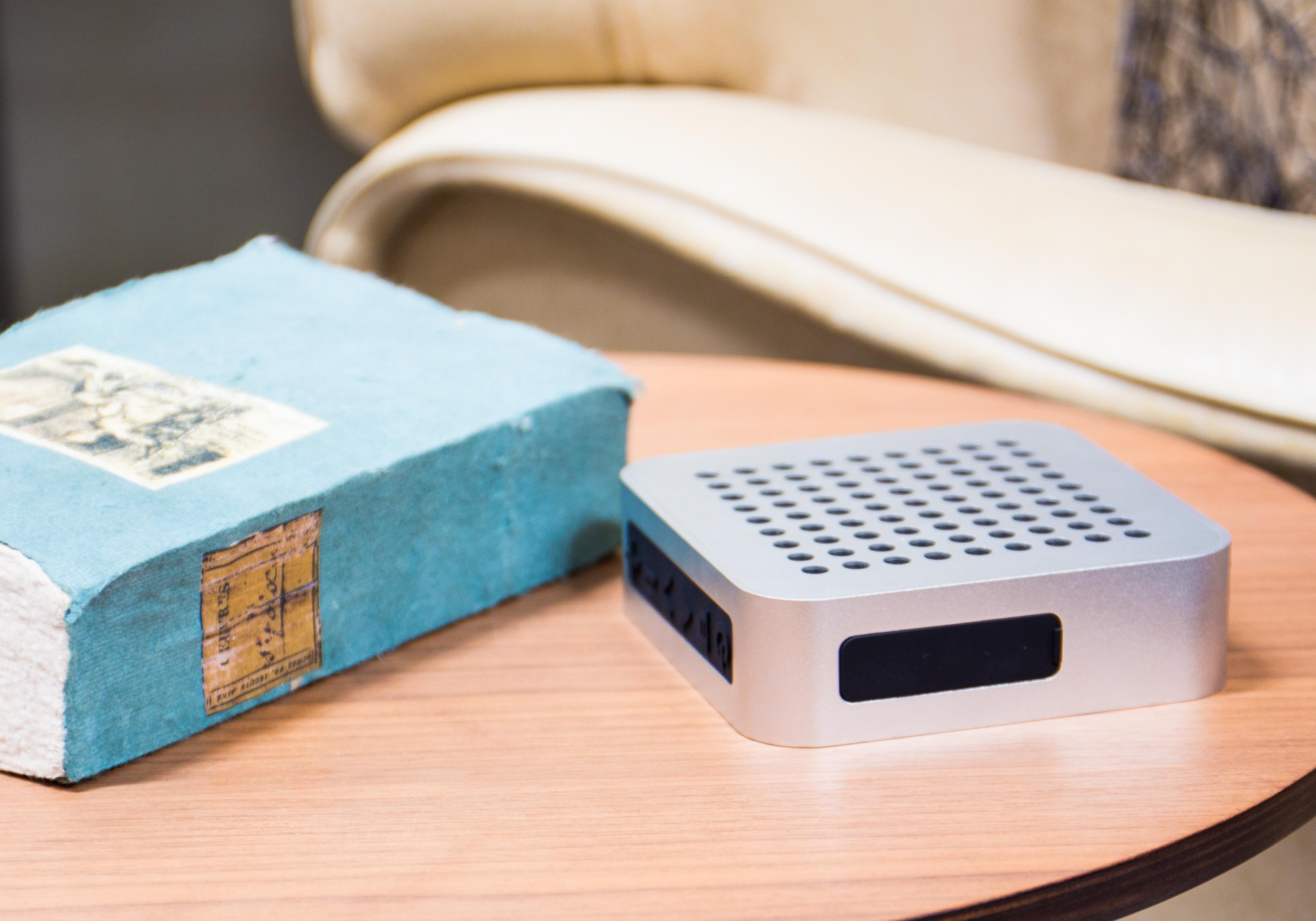 blaupunkt bt 50 sv bluetooth lautsprecher mit mikrofon f r freisprecheinrichtung box. Black Bedroom Furniture Sets. Home Design Ideas