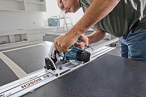 Absolut gerade Schnitte sind mit Hilfe der FSN 1100 Professional von Bosch kein Problem.
