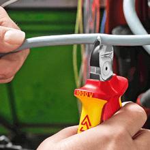 VDE-geprüft, für Arbeiten an elektrischen Anlagen – erforderliche Ausbildung des Monteurs vorausgese