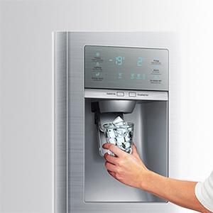 samsung rh57h90707feg side by side a 394 l k hlen 176 l gefrieren no frost. Black Bedroom Furniture Sets. Home Design Ideas