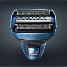 Braun CoolTec CT2cc elektrischer Wet&Dry-Folienrasierer mit Clean&Charge-Station
