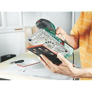Der Schleifer PSS 300 AE sorgt für einfaches und bequemes Wechseln von Schleifpapier.