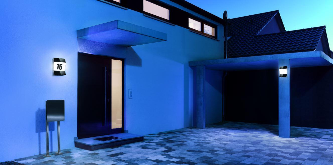 steinel sensor led leuchte xsolar l2 s wei au en solar leuchte mit passiv infrarot. Black Bedroom Furniture Sets. Home Design Ideas