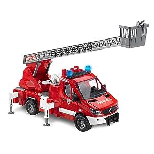 BRUDER - 02596 - Véhicule de pompier LAND ROVER Defender