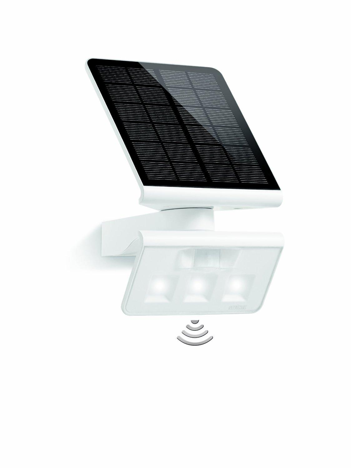 steinel xsolar l s blanc lampe solaire led avec 140 d tecteur de mouvement applique solaire. Black Bedroom Furniture Sets. Home Design Ideas