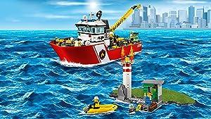 lego city le bateau des pompiers
