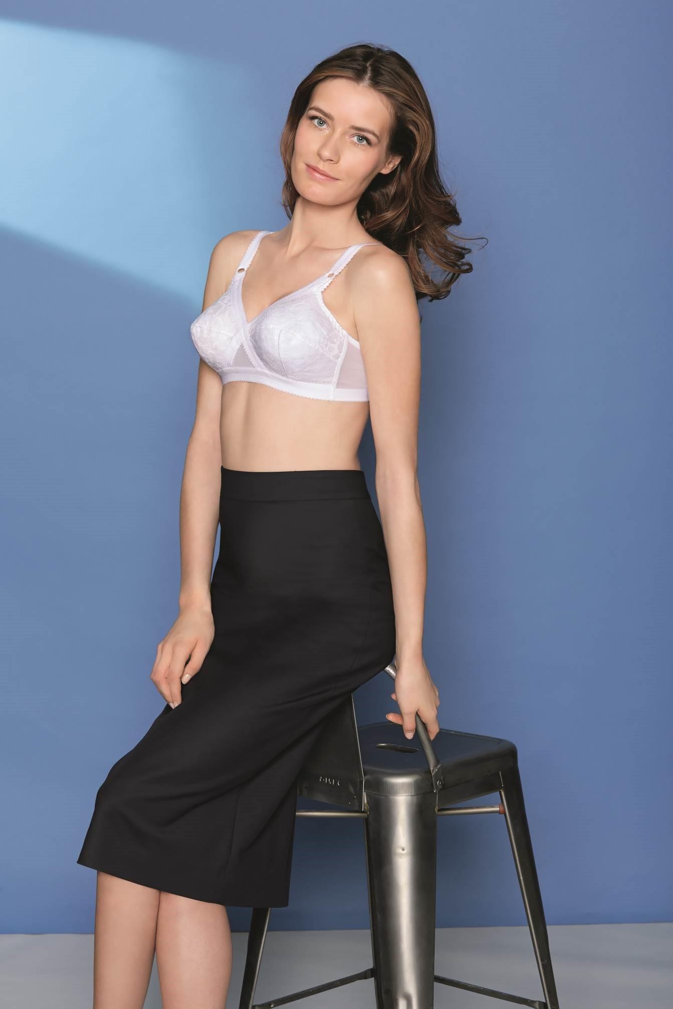 playtex coeur crois soutien gorge sans armatures femme blanc 120bb v tements. Black Bedroom Furniture Sets. Home Design Ideas