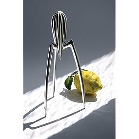 a di alessi juicy salif presse agrumes en fonte d 39 aluminium cuisine maison. Black Bedroom Furniture Sets. Home Design Ideas