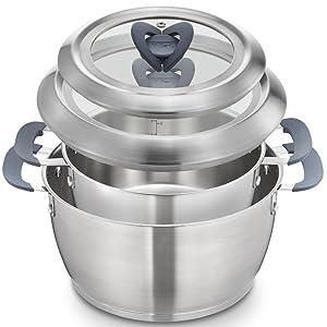取っ手付きのままぴったり重ねて収納。1つにまとまる2つのお鍋