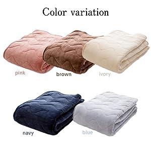 カラーはどれもシックな、ネイビー、グレー、アイボリー、ブラウン、ピンクの5色です。