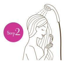 【Step2】予洗いをしておくと余分な汚れが落ち、シャンプーがスムーズ!