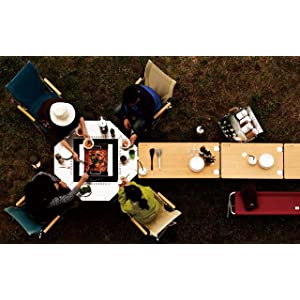 ジカロテーブル 朝・昼・晩、火を中心にみんなが集まるテーブル
