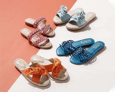 Sandals: Casual styles for her