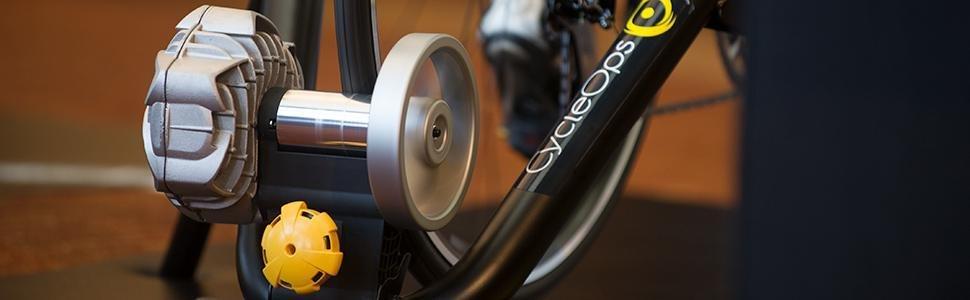 Cycleops Fluid2 Bike Trainer Amazon Ca Sports Amp Outdoors
