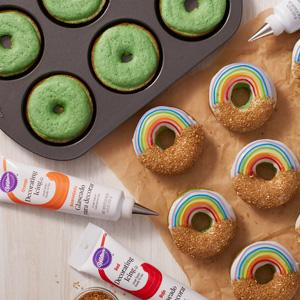 Wilton Nonstick 6 Cavity Donut Pan Amazon Ca Home Amp Kitchen