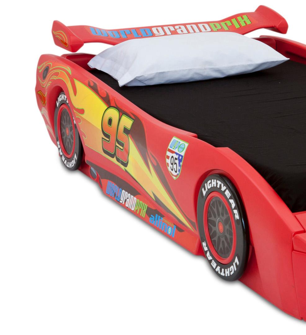 Delta Children Disney/Pixar Cars Twin Bed with Lights, Red: Amazon ...