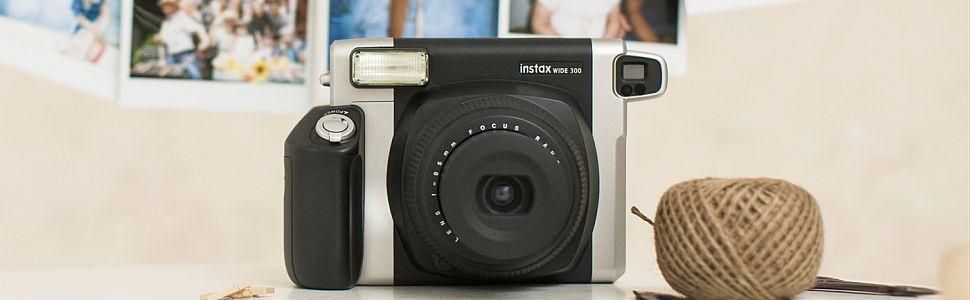 Fujifilm Instax Wide 300 Fotocamera Istantanea, per Foto Formato 62x99 mm, Nero/Argento