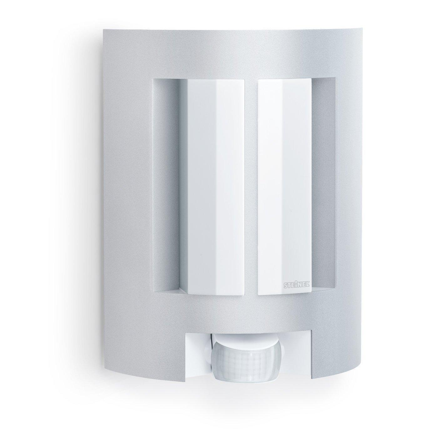 steinel lampada per esterni l 11 con sensore a raggi infrarossi angolo di rilevamento di 180. Black Bedroom Furniture Sets. Home Design Ideas