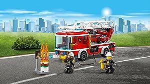 LEGO City - Camión de Bomberos con Escalera, Juguete de Construcción para Recrear Rescates en Incendios de la Ciudad (60107): Amazon.es: Juguetes y juegos
