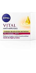 NIVEA Toallitas Desmaquilladoras Refrescantes (piel normal y mixta) 40 uds. NIVEA Tónico Refrescante (piel normal)  Cara y Rostro 200 ml · NIVEA VITAL Anti ...