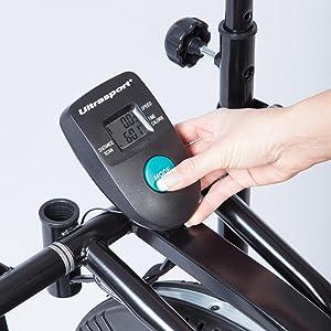 Consola con múltiples funciones: tiempo, distancia, escaneo, calorías, velocidad. Los resultados se pueden consultar cómodamente desde la pantalla de la ...