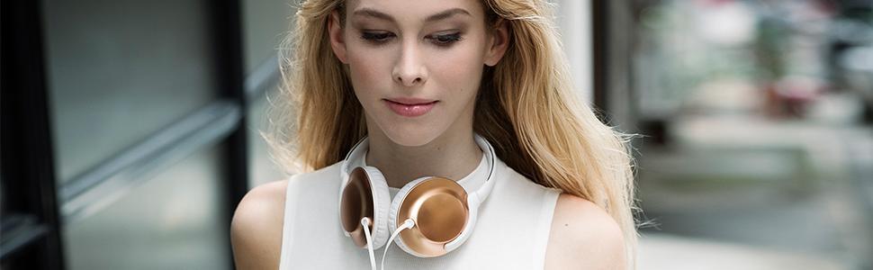 Ultracompactos. Sonido nítido. Los auriculares inalámbricos ...