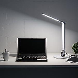 Para la iluminación del escritorio que protege la vista: la lámpara LED Levivo