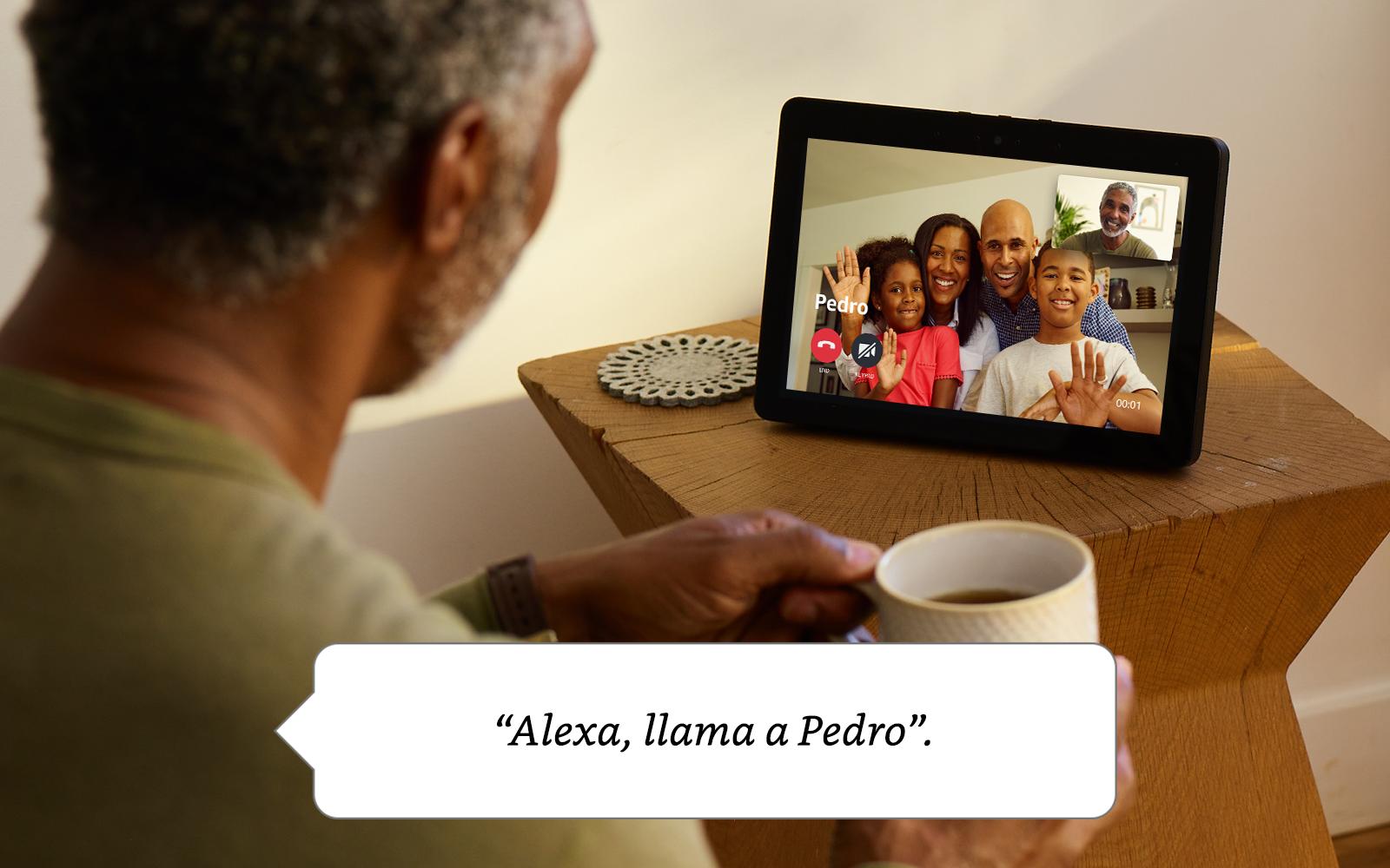 Con el Echo Show, estar en contacto con los que te importan es muy simple. Conecta por videollamada con los amigos y familiares que tengan un Echo Spot, ...