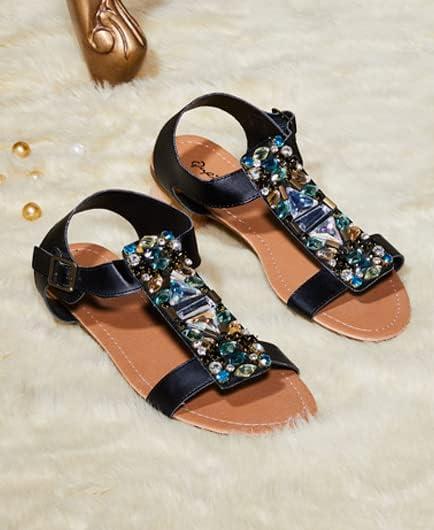 Fashion sandals & pumps