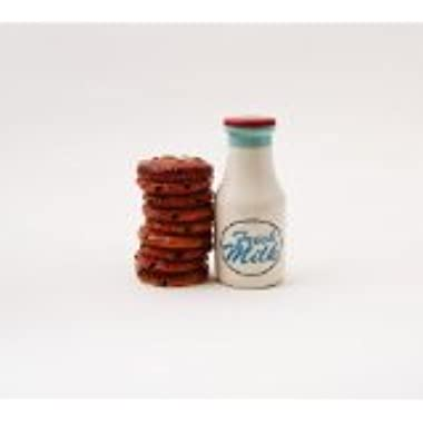 1 X Milk and Cookies Salt and Pepper Shakers