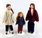 Vanity Fair New Dolls House Miniature Modern Family Of 3 People 310