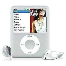 M-Player iPod Nano 4GB Silver 3rd Generation (Packaged in White Box with Generic Accessories)... (Silver Ipod Touch 4th Generation)