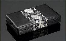 SIGLO LEATHER WHITE SNAKESKIN TRAVEL HUMIDOR WITH DIGITAL HYGROMETER