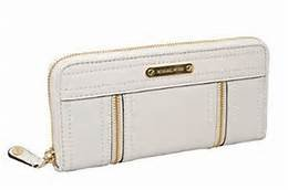 Michael Kors Leather Moxley Zip Around Accordion Wallet in Gold / Vanilla