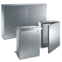 """Irinox enclosure with polyurethane gasket, welded, hinged solid front door, 304 stainless steel, 450mm (17.72"""")W x 450mm (17.72"""")H x 210mm (8.27"""")D, Mounting/Sub-Plate included, IP66/NEMA 4x, 12, 1, 4"""
