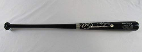 (Sammy Sosa Signed Bat - Rawlings Player Model V81424 - JSA Certified - Autographed MLB Bats)