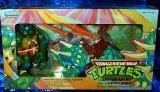 """Teenage Mutant Ninja Turtles Cave-Turtle Leo and Dingy Dino 4"""" Figure Set"""
