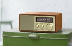 Sangean Model WR-11SE AM/FM Table Top Radio