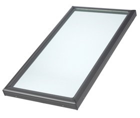 VELUX FCM 2246 0005 Skylight, 25 1/2'' W x 49 1/2'' H Fixed Curb-Mounted w/Tempered LowE3 Glass