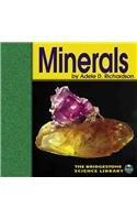 Minerals (Exploring the Earth)