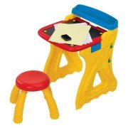 (Crayola Play 'N Fold 2-in-1 Art Studio)