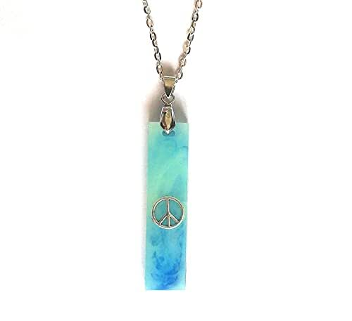 Colgante de resina hecho a mano collar color azul turquesa mujer símbolo de paz unisex idea de regalo mujer joyería traje verano