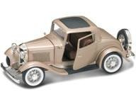 1932 Ford 3 Window Coupe Gold 1:18 Diecast Car Model