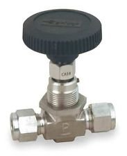 Parker V Series Stainless Steel 316 Needle Valve, Inline, Hand Wheel, PCTFE Tipped Stem, 1/2'' CPI Compression Fitting