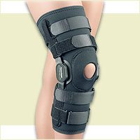 FLA Orthopedics 37-109MDBLK Powercentric Composite Polycentric Knee Brace Black, Medium (Wobble 0.5')