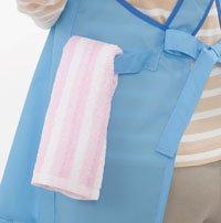 カンガルーランドリーエプロン お腹のポケットから洗濯物を取り出せる